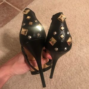 Bakers barely there black studded heels size 8.5